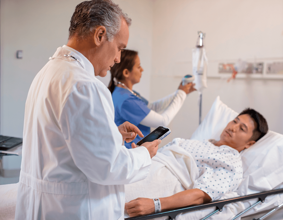 Médecin proche de son patient